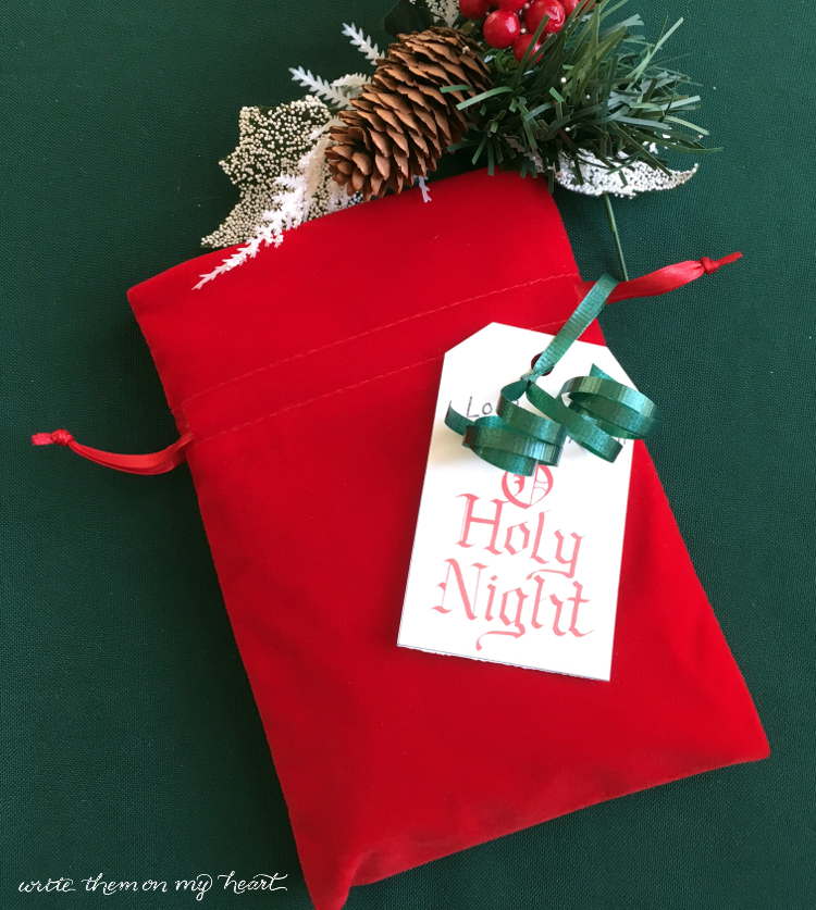 Free Gift Tags with Christmas Hymns